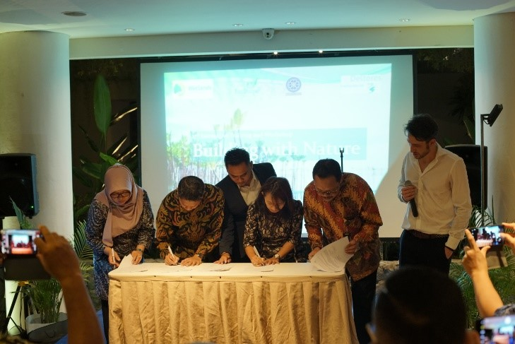 Building with Nature part of curriculum at Indonesian universities